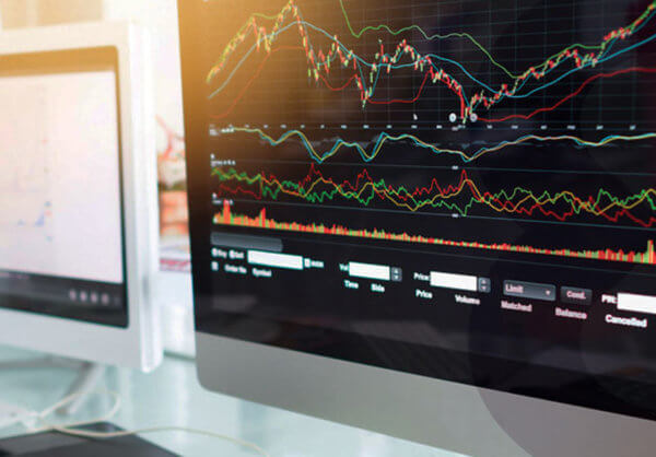 How to find volume, contract size, swap rates and more specifications in MetaTrader 4?